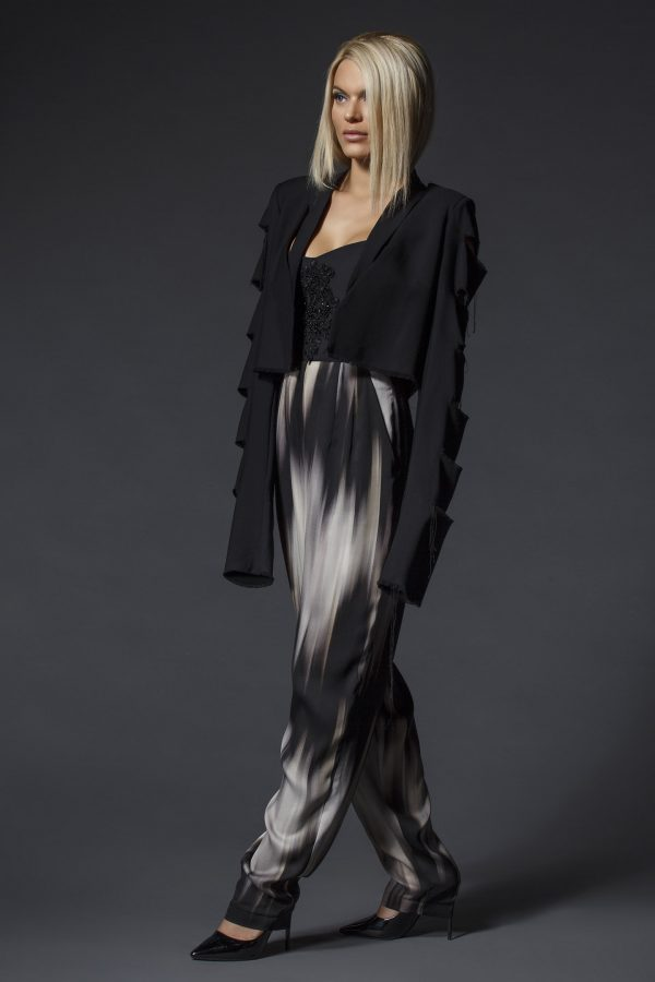 Black_Blazer_With_Cut_Out_Sleeves_02