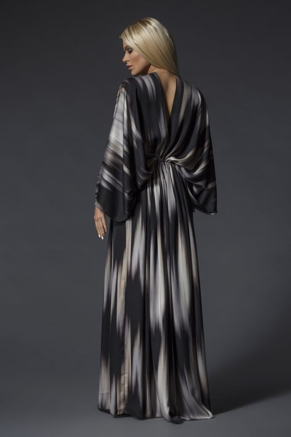 Long_Patterned_Oversize_Satin_Dress_03