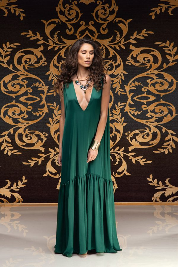 Akilah-dress-silk-dress-long-dress-backless-dress-silk-must-have-elegant-dress-evening-dress-prom-dress-summer-dress-trend-green-dress-stylish-clothing-women's-wear-(3)