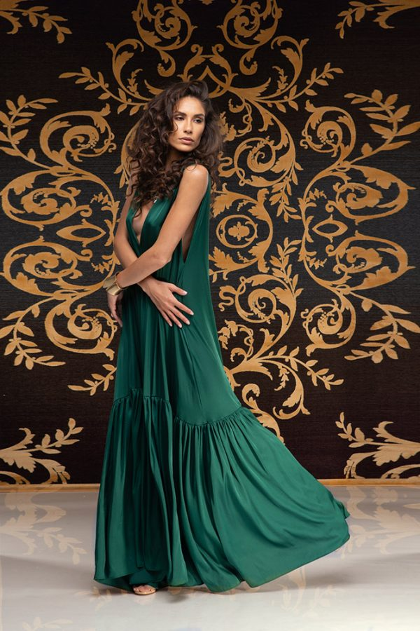 Akilah-dress-silk-dress-long-dress-backless-dress-silk-must-have-elegant-dress-evening-dress-prom-dress-summer-dress-trend-green-dress-stylish-clothing-women's-wear-(5)