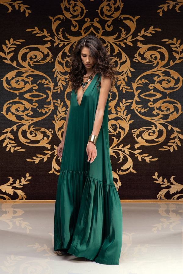 Akilah-dress-silk-dress-long-dress-backless-dress-silk-must-have-elegant-dress-evening-dress-prom-dress-summer-dress-trend-green-dress-stylish-clothing-women's-wear-(6)