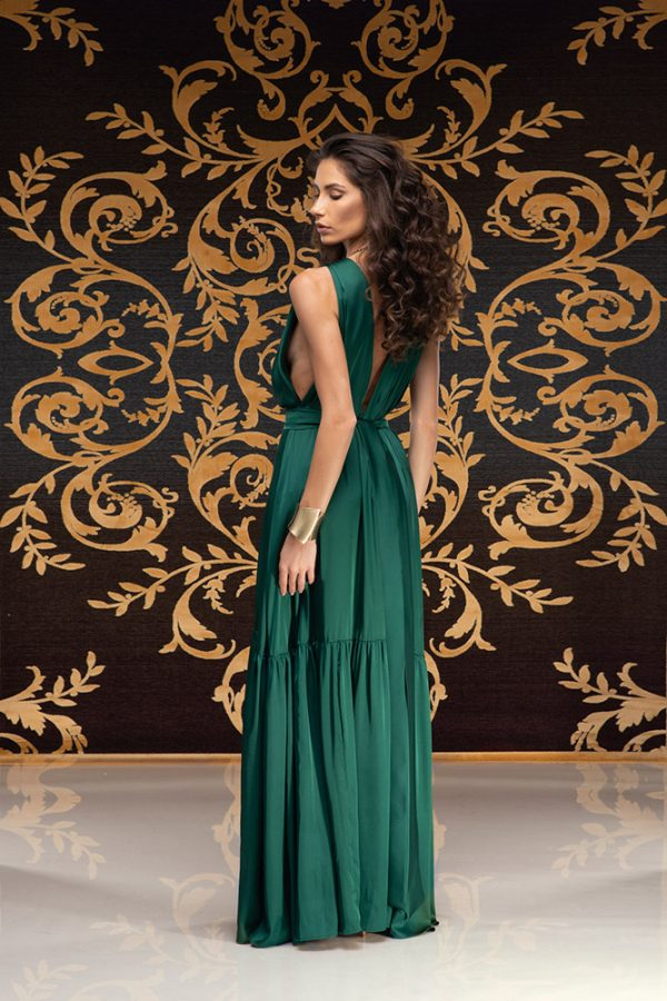 Akilah-dress-silk-dress-long-dress-backless-dress-silk-must-have-elegant-dress-evening-dress-prom-dress-summer-dress-trend-green-dress-stylish-clothing-women's-wear-(7)