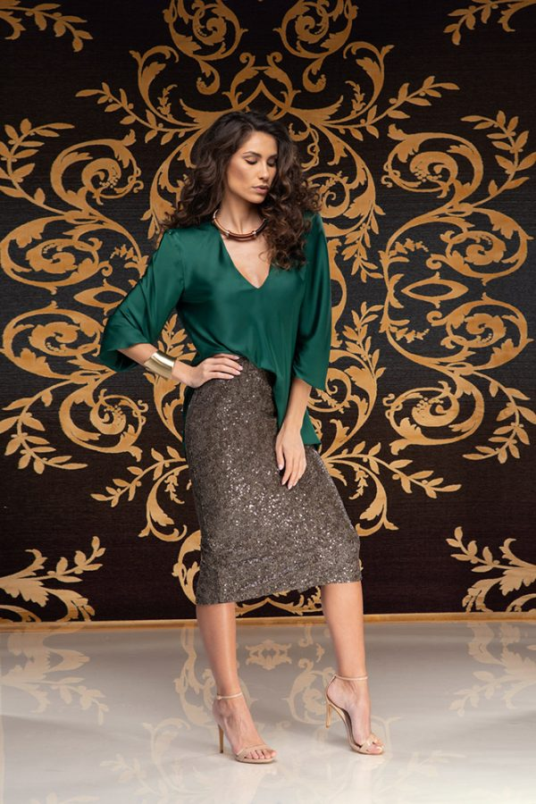Latifa-skirt-sequins-skirt-must-have-elegant-skirt-trend-gold-skirt-stylish-clothing-women's-wear-Leilah-blouse-silk-blouse-silk-must-have-elegant-blouse-evening-blouse–(1)